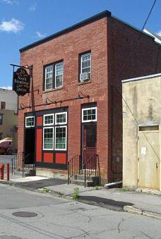 20 North Street Tavern